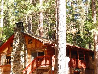 (76) Howard's Retreat, Wawona