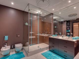 Designer Luxury Penthouse, Moscow