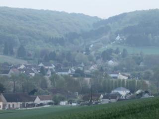 gite petite maison individuelle, Villeneuve-sur-Yonne