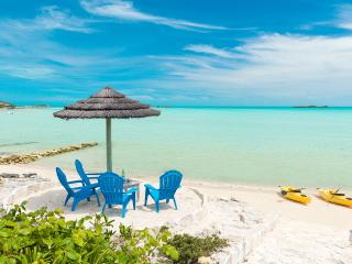 Five Little Cays House, Sleeps 8, Providenciales