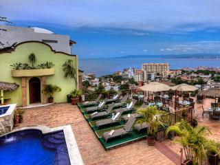 Villa Savana, Sleeps 30, Puerto Vallarta