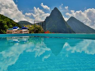 Tamarind House, Sleeps 6, Soufriere