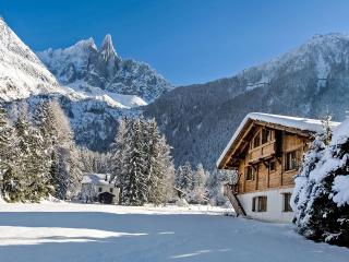 Chalet Lumiere, Sleeps 10, Chamonix