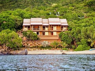 LaVida, Sleeps 10, Nail Bay