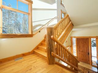 Granite Ridge Lodge 6, Sleeps 12