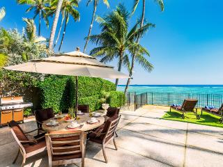 Palm Tree Estate, Sleeps 14, Honolulu
