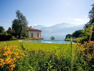 Villa Benessere, Sleeps 14, Argegno