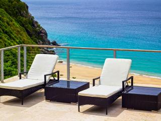 Villa Lune, Sleeps 2, Trunk Bay