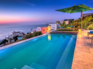 Aegea, Sleeps 10, Bantry Bay