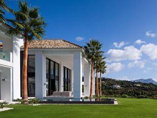 Villa Palo Alto, Sleeps 12, Benahavis
