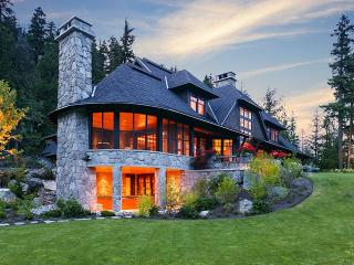 Stonebridge Estate, Sleeps 12, Whistler