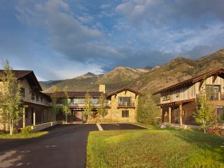 Canyon Land, Sleeps 20, Teton Village