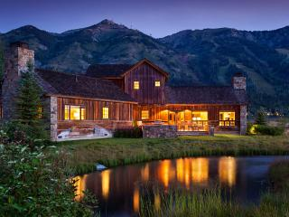 Shooting Star Cabin 3, Sleeps 12, Teton Village