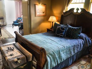 """Blue60 Guest House """"River Suite"""", New Orleans"""