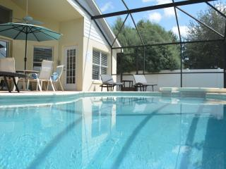 Luxury Exec Home: sun-drenched private pool nr Dis, Orlando