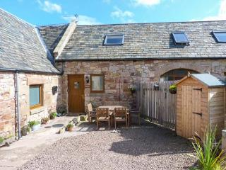 THE TACK ROOM, panoramic coastal views, pet friendly, near Dunbar, Ref. 904533