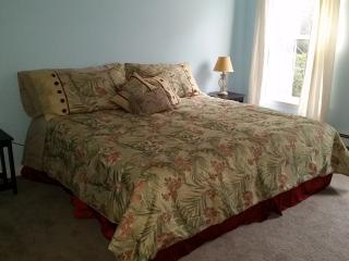 Sag Harbor Master Room 8min to Town & Beach, SAG Harbor