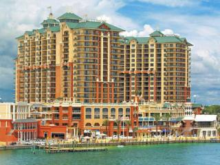 Wyndham Vacation Resorts Emerald Grande at Destin