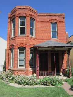 Downtown Denver Victorian Italianate 1-Bedroom Apt