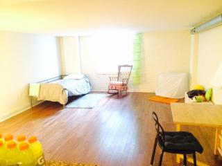 Center city large studio apartment!