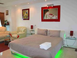 View Talay 6-Luxury Studio- Seaview, Pattaya