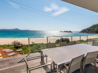Sandra's Beach House, Seal Rocks