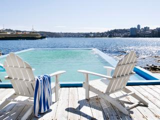 MANLY HARBOUR VILLA - Contemporary Hotels, Manly