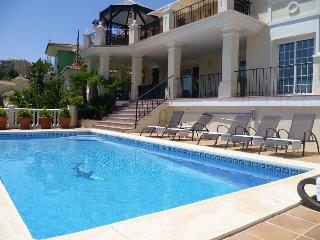 GREAT VILLA WITH SAUNA & NEAR BEACH