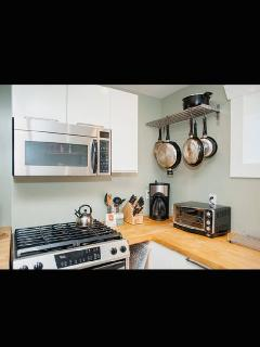 Kitchen; microwave, toaster, coffee maker, crock pot--fully stocked