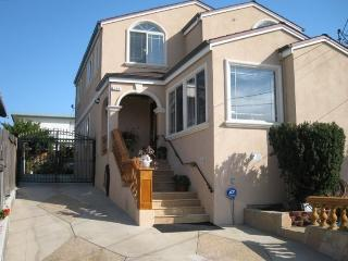 Comfortable Vacation Home Near SFO Airport, San Bruno