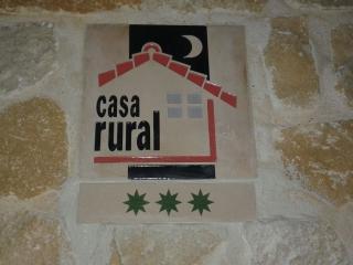 Logo y categoria de la Casa