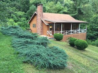 Lone Pine Blue Ridge Mountain Rental