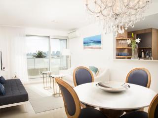 Bright 2 Bedroom Apartment in La Punta, Punta del Este