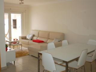 Baleal poolfront apartment