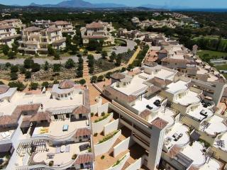 3 bedroom apartment San Roque Club