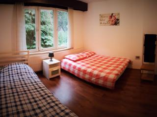 Pretty room in a cosy house, Uccle