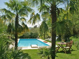 Private Villa, pool,wi-fi, pets allowed, Macerata, Sant'Angelo In Pontano
