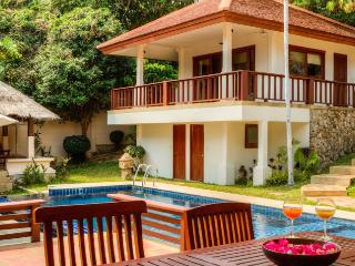 Villa 33 - Walk to beautiful Choeng Mon Beach