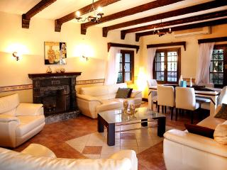 430-Bodrum Konacik 3 Bedroomed Dublex Villa, Bitez