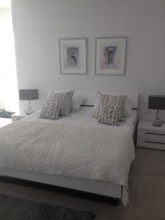 Super luxurious master bedroom