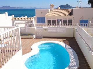 Adosado con piscina privada, Corralejo
