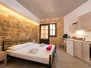 Mulberry Studio (Self-catering Studio Apt), La ciudad de Rodas