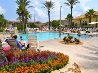4 Bed 3 Bath Town Home in Regal Palms Resort Close To The Parks. 142CD, Orlando