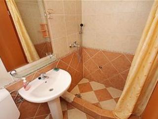 A6 (4): Bad mit WC