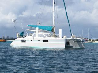 Discover the Grenadines on your Private Yacht, Saint-Vincent