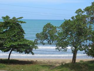 Ocean View, Two Bedroom, 2nd Floor Condo, Bocas del Toro