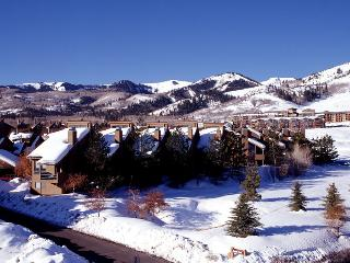 Red Pine at The Canyons 2 Bdrm w/loft Sleeps 8, Park City