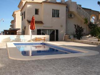 Costa Blanca South - 4 Bed Villa + Pool - EL Galan, Villamartín