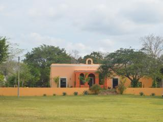 HACIENDA GETAWAY RENTAL, Merida