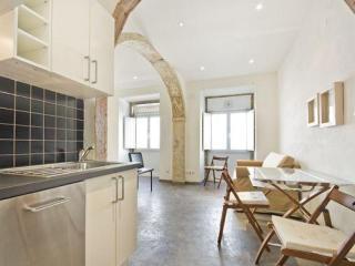 Inglesinhos apartment in Bairro Alto with WiFi., Lisboa